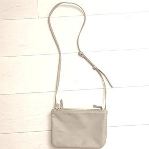 Triple pouch purse